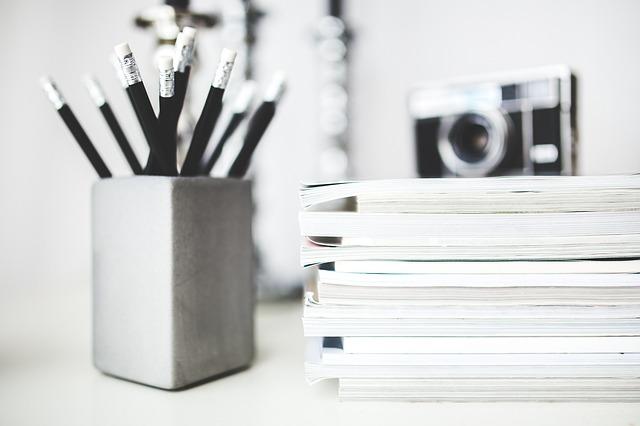 news room, pencils, paper